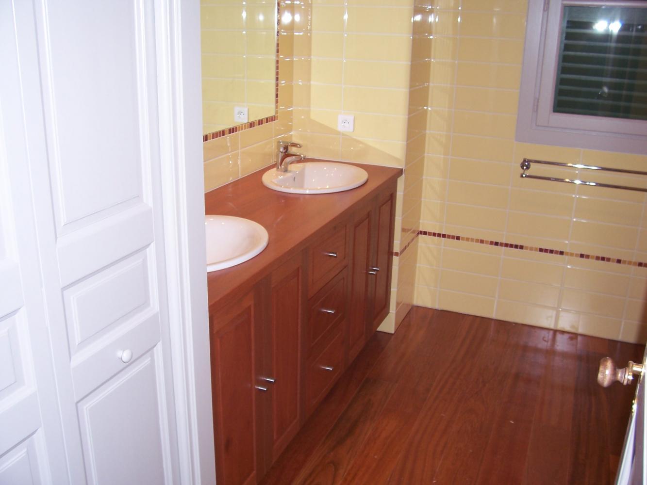Agencement placards salle de bains for Placard salle de bain